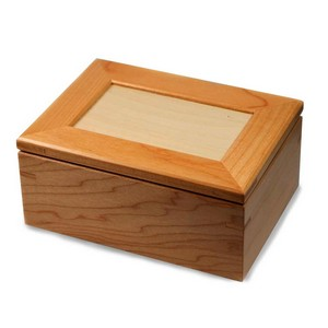 Maple Wood Personalized Keepsake Box